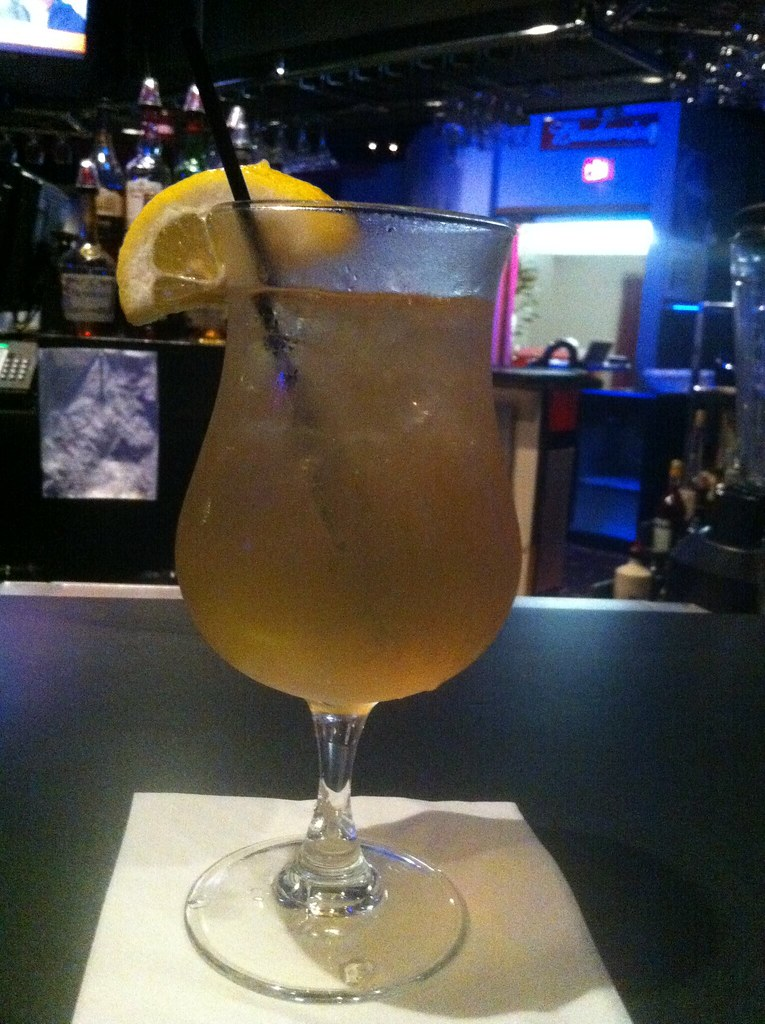 10 Types of Mixed Drinks to Know Before You Order at the Bar
